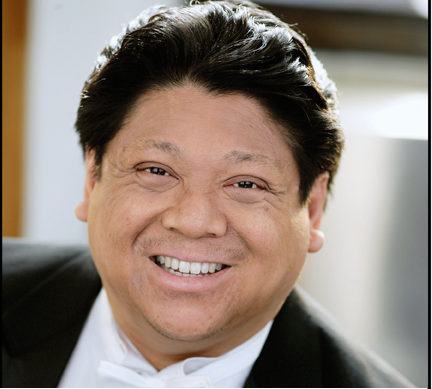 Lloyd Arriola, Pianist in Review