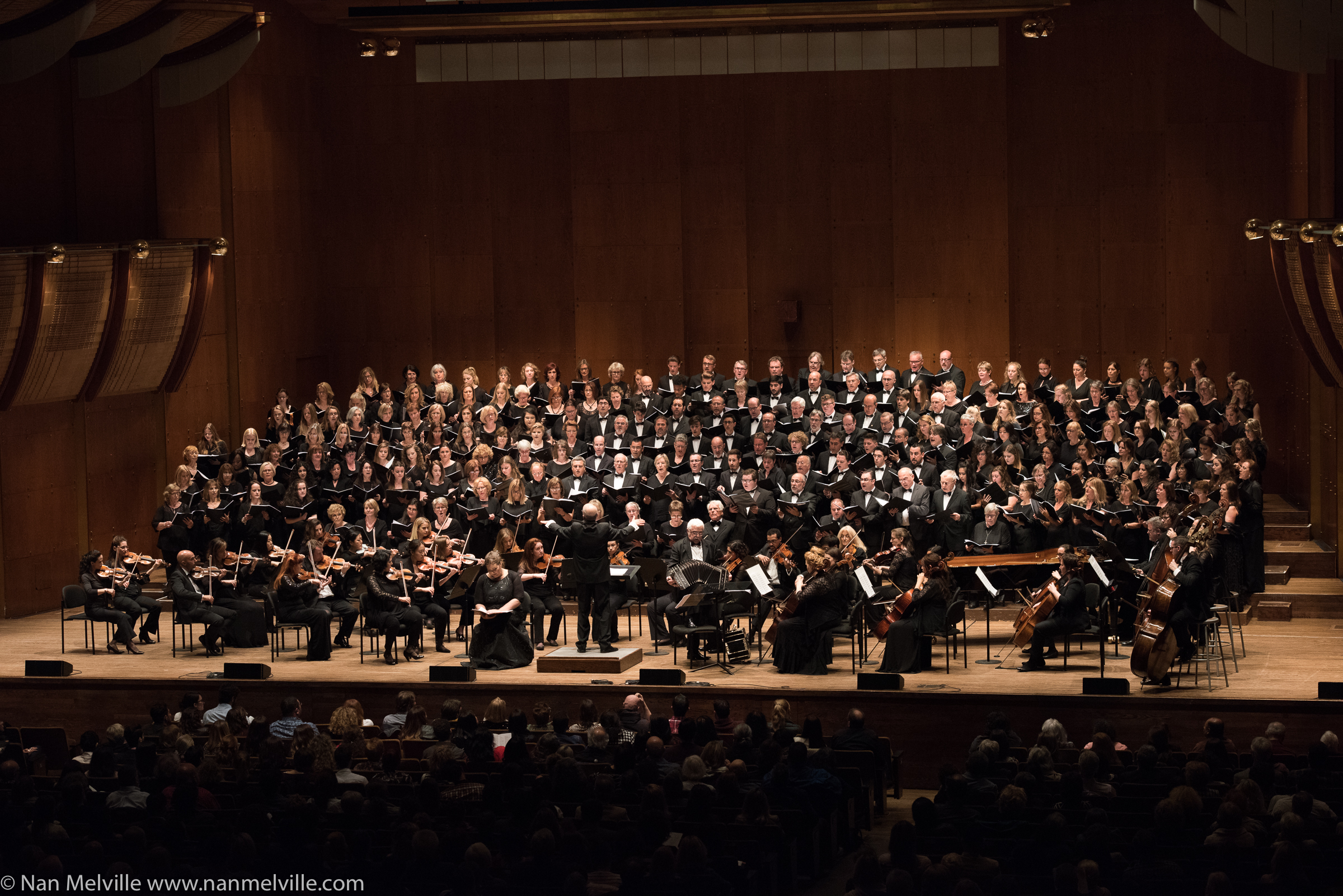 Distinguished Concerts International New York (DCINY) presents Viva La Musica de Argentina in Review